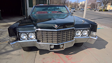 1969 Cadillac DeVille front
